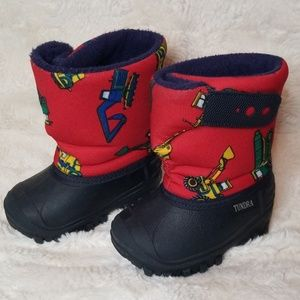 Childs Size 4 Boots Like New Condition